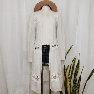 • BKE GIMMICKS • knit & lace full length cardigan